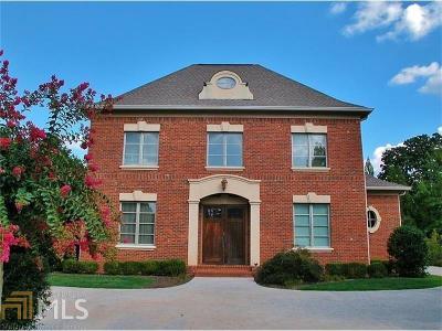 Gainesville Single Family Home For Sale: 1503 NE Berkeley Ct
