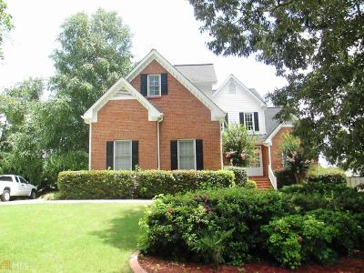 Buford  Single Family Home For Sale: 4365 Chatuge Dr
