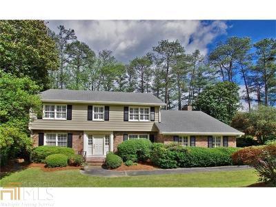 Cobb County Single Family Home For Sale: 3075 Farmington Dr