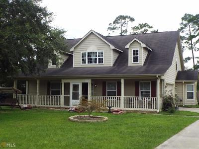 Woodbine Single Family Home For Sale: 111 N Deals Cir