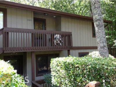 Lake Arrowhead Condo/Townhouse Back On Market: 1203 Fairway Oaks Dr