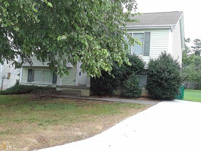 Lithonia GA Single Family Home For Sale: $98,000