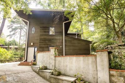 Atlanta Single Family Home For Sale: 499 Lakeshore Dr