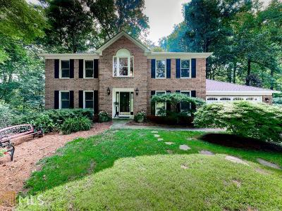 Fulton County Single Family Home For Sale: 770 Marianna Ln
