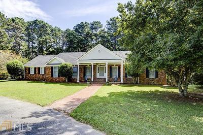 Covington Single Family Home For Sale: 54 Meadow Ln