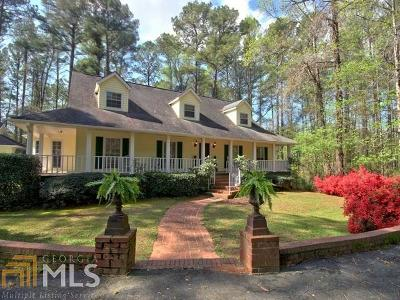 Fayetteville Single Family Home For Sale: 252 Goza Rd