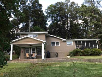 Butts County Single Family Home For Sale: 592 Jackson Lake Inn Rd