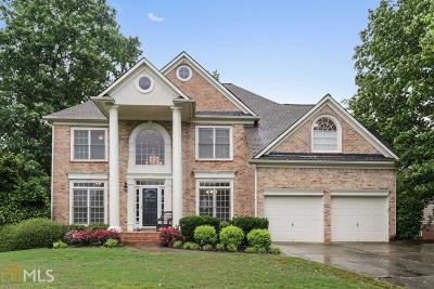 Johns Creek Single Family Home For Sale: 5660 Millwick Dr