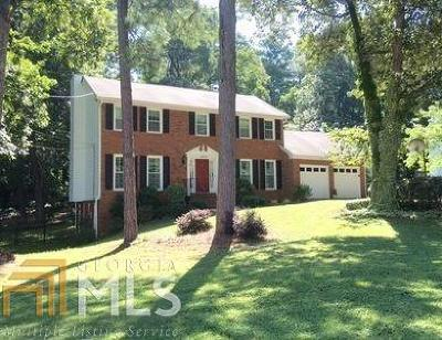 Stone Mountain Single Family Home For Sale: 1034 Lassiter Dr