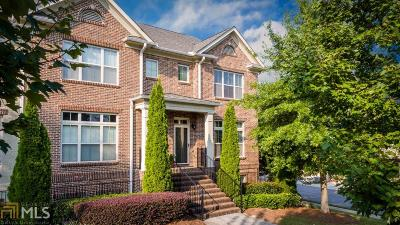 Sandy Springs Condo/Townhouse For Sale: 7940 Highland Blf