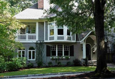 Brookwood Hills Single Family Home For Sale: 141 Huntington