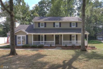 Covington Single Family Home For Sale: 6176 Pinewood Dr