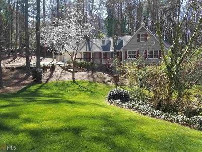 Roswell Single Family Home For Sale: 650 Brandenburgh Way