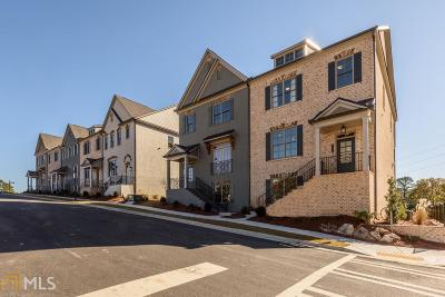 Brookhaven Condo/Townhouse For Sale: 1870 Skyfall Cir #51