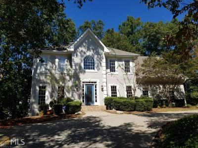 Johns Creek Single Family Home For Sale: 11215 Highfield Chase Dr