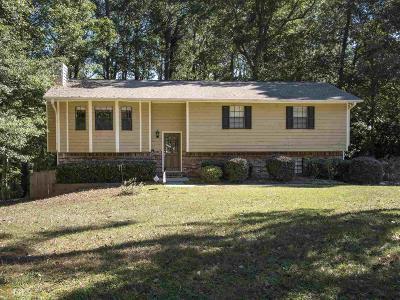 Snellville Single Family Home For Sale: 1596 Ember Cir
