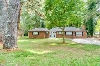 Fulton County Single Family Home For Sale: 3186 W Manor