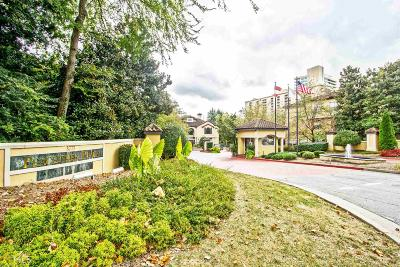 Peachtree Place Condo/Townhouse For Sale: 3777 Peachtree