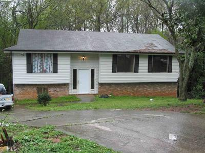 Clayton County Single Family Home New: 2864 Woodfield Dr