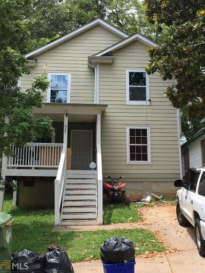 Single Family Home New: 947 Garibaldi