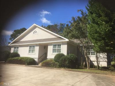 Oakwood  Commercial Lease For Lease: 3723 Robinson Dr #5