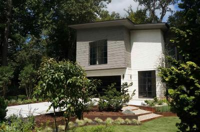 Collier Hills Single Family Home For Sale: 571 Overbrook Dr