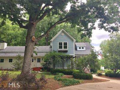 Fayetteville Single Family Home For Sale: 404 Brooks Woolsey Rd