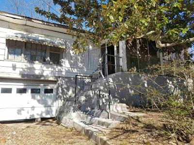 Clayton County Single Family Home For Sale: 400 Third St