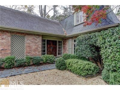 Fulton County Single Family Home For Sale: 2550 Dellwood Dr