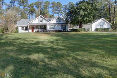 Covington Single Family Home For Sale: 445 Buckingham Dr