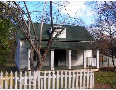 Fulton County Single Family Home Under Contract: 9 Charleston Ave
