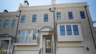 Condo/Townhouse For Sale: 3715 Peachtree Rd #7