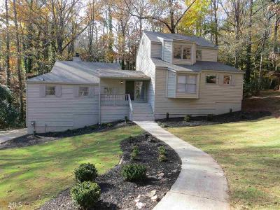 Roswell Single Family Home For Sale: 4206 Aberdeen Pass