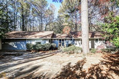 Dekalb County Single Family Home For Sale: 2616 Gleneagles
