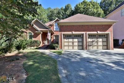Woodstock Single Family Home For Sale: 3220 Eagle Watch Dr