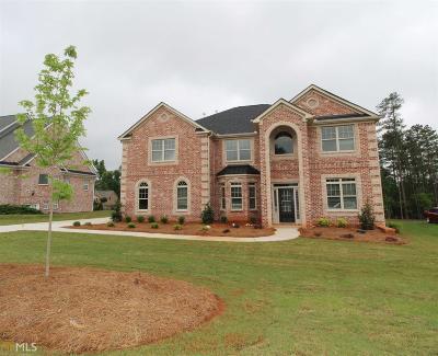 Hampton Single Family Home For Sale: 2412 Lake Erma Dr #65