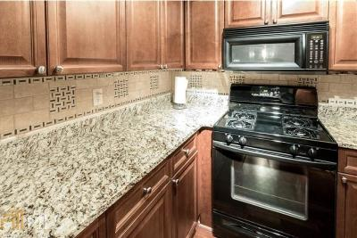 Park Lane Condo/Townhouse For Sale: 2479 Peachtree Rd #1104
