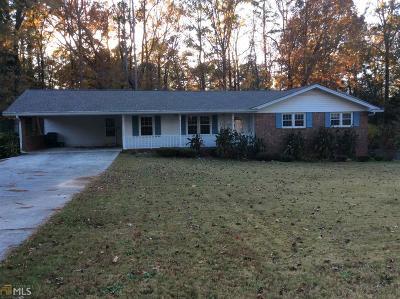 Lilburn Single Family Home For Sale: 411 Little John Dr