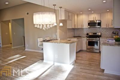 Lilburn Single Family Home For Sale: 986 Tahoe