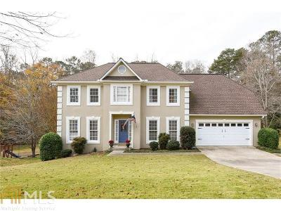 Lees Crossing Single Family Home For Sale: 1316 Idlewyld Dr