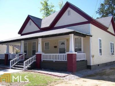 Single Family Home For Sale: 18 W Grady St