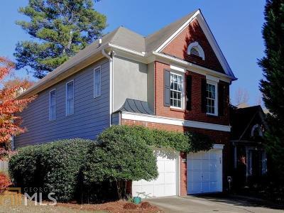Single Family Home New: 304 Berkeley Ct