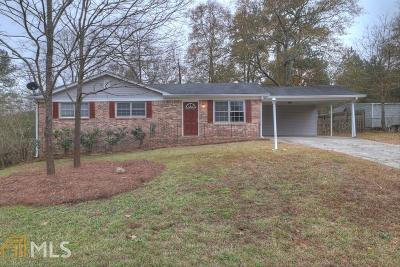 Powder Springs Single Family Home Under Contract: 148 Deerhunter