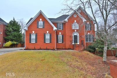 Alpharetta Single Family Home For Sale: 4105 Park Brooke Dr