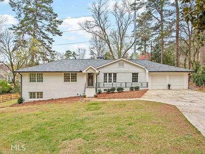 Peachtree Battle Single Family Home For Sale: 1566 Peachtree Battle Ave