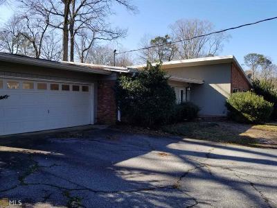 Morningside Single Family Home For Sale: 1055 Robin Ln