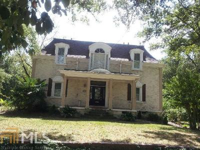 Barnesville Single Family Home For Sale: 517 Forsyth St