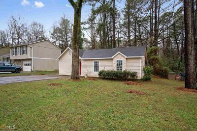 Lilburn Single Family Home For Sale: 658 NW Burnt Creek