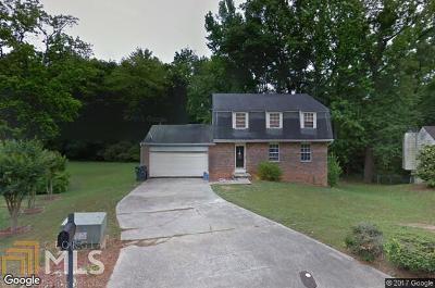 Fulton County Single Family Home New: 120 Cainwood Ct E