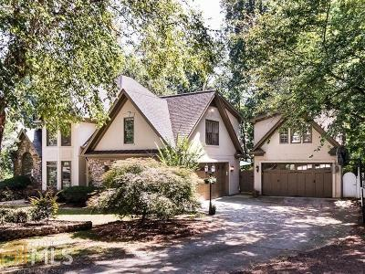 Alpharetta Single Family Home For Sale: 175 E Meadows Ct